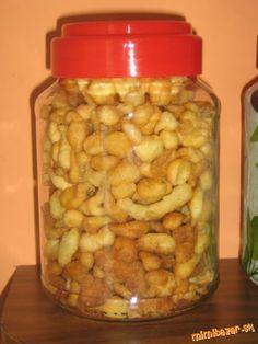 receptík je zo staršej knihy Recepty zo života... Pickles, Cucumber, Cereal, Food And Drink, Soup, Sweets, Cooking, Breakfast, Recipes