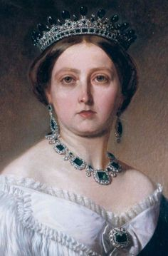 A gorgeous portrait from the Collection of Queen Victoria wearing the emerald tiara designed for her by Prince Albert. This tiara can also be seen two pins back, worn by one of the Royal and Noble Ladies, Queen Victoria Family, Queen Victoria Prince Albert, Victoria And Albert, Princess Victoria, Reine Victoria, Victoria Reign, Hm The Queen, King Queen, Royal Tiaras