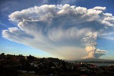 Duizenden mensen geëvacueerd na uitbarsting vulkaan in Chili / Nrc / 23.04.2015 / in Chili
