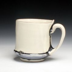 Martina Lantin a nice Cadillac of cups for your fingers Pottery Mugs, Ceramic Pottery, Pottery Art, Ceramic Cups, Ceramic Art, Contemporary Teapots, Clay Center, Clay Cup, Clay Teapots