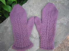 Free! - Ravelry: Bias Cable Mittens pattern by Jennifer Reinhart