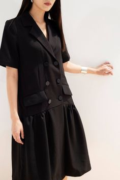 Hijab Style, Black And White Shirt, Designer Dresses, Corner, Shirt Dress, Future, Nice, Coat, Jackets