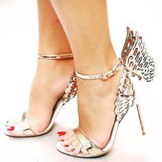 Sophia Webster can do no wrong! #sophiawebster #sandals #stilettos #lasercut #wings #edgy #cool #trendy #metallic #heels #highheels #shoe #shoes #shoeporn #luxe #luxury #fashion #ootd #footwear #instapic #instalook #instafashion by theshoecornucopia