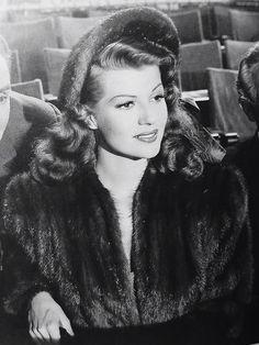 Rita Hayworth ♡ ♡