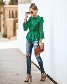 Source by top outfits Green Blouse Outfit, Peplum Top Outfits, Lace Outfit, Peplum Tops, Green Shoes Outfit, Look Fashion, Fashion Outfits, Classic Fashion, Winter Fashion