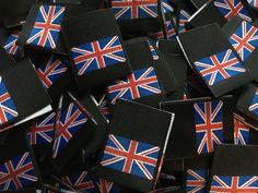 Metallic Union Flag Union Jack Woven Labels 25mm Folded Black /& Silver LUREX