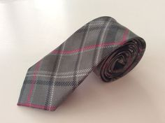 "Skinny Neck Tie 2"" Gray Pink Black White Plaid 100% Polyester #Unbranded #NeckTie"