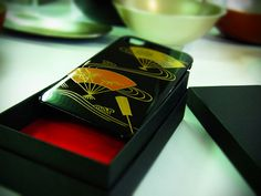 """The """"Craft of Japan"""" high quality lacquer smart phone case is now on sale around the world! « Cool Japan"""