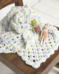 Passoknit Baby Throw..Crocheted with a chenille yarn,and easy to make...FREE PATTERN!!