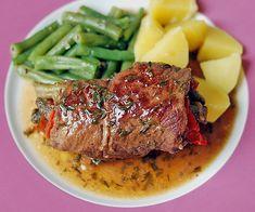 Rinderroulade mit Paprika - Bohnen - Füllung, ein raffiniertes Rezept aus der Kategorie Schmoren. Bewertungen: 20. Durchschnitt: Ø 4,1.