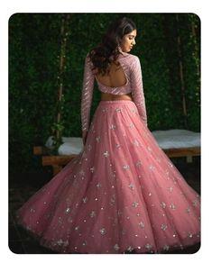 Top 15 Designer Bridal Lehenga for Wedding - Fashion Girls Indian Wedding Gowns, Indian Gowns Dresses, Indian Bridal Lehenga, Pink Bridal Lehenga, Pink Lehenga, Saree Wedding, Bride Dresses, Wedding Dresses, Half Saree Designs