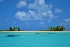 Deserted islets on Tikehau, French Polynesia