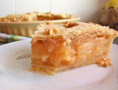 Tarte épaisse aux pommes confites – un écureuil dans ma cuisine Confit, Patisserie, Apple Pie, Sweet Pie, Apple, Pot Pie, Sugar, Apple Cobbler, Resep Pastry