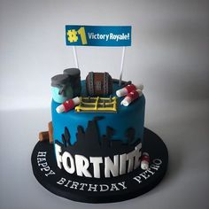Check Out This Fortnite Birthday Cake . 10th Birthday Cakes For Boys, 10 Birthday Cake, 10th Birthday Parties, 8th Birthday, Pastel Mickey, Roblox Cake, Ballerina Cakes, Novelty Cakes, Edible Cake