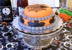 Spider bat halloween cake food cake halloween spider halloween pictures halloween images bat halloween ideas web halloween cake