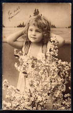 http://www.ebay.com/itm/DP101-FILLETTE-BRANCHES-FLEURIES-EDWARDIAN-GIRL-PHOTO-dART-/351721001409?hash=item51e43491c1