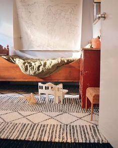 @raisingyoungloves 💛 Shag Rug, Scandinavian Rugs, Carpet, Shelves, Canning, Nice, Toys, Instagram, Amazing