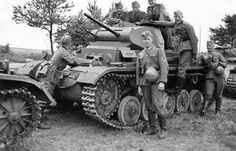 Panzer II Ausf C and Wehrmacht soldiers during a pre-war exercise Mg 34, Ww2 Pictures, Ww2 Photos, Military Photos, Military History, Armoured Personnel Carrier, Panzer Iii, Military Armor, Tiger Tank