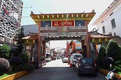 Kuching's wonderful architecture Sarawak Tourism, Kuching, Borneo, Historical Sites, Carpenter, Star, Architecture, Street, Arquitetura