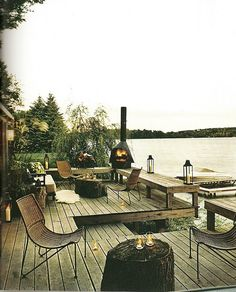 This makes me want to live in a lake front home