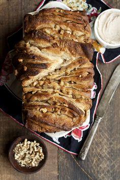 apple walnut pull apart bread