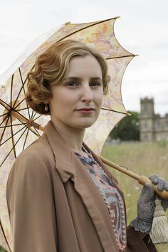 The Abbey couple: Laura Carmichael and co-star Michael Fox start dating Edith Crawley, Michael Fox, 1920s Looks, Laura Carmichael, Dowager Countess, Miss Marple, Lady Mary, Movie Costumes, Downton Abbey