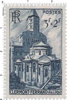 """Clermont-Ferrand - Notre-Dame-du-Port (1947). - 2) N-D DU PORT: En 1998, elle a été inscrite au patrimoine mondial de l'Unesco au titre de l'inscription des Chemins de St-Jacques de Compostelle.- Origine du nom: Son nom vient de ce qu'elle a été construite dans le quartier dit du """"Port"""", en latin Portus, c'est à dire de l'entrepôt, l'endroit où l'on apportait et stockait les marchandises. Le Portus de Clermont est connu dans les écrits anciens depuis le X°s."""