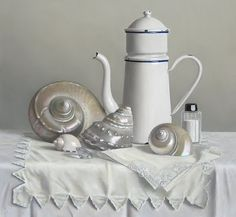 white - still life - painting - Klaas Wiedijk Still Life 2, Still Life Photos, Hyper Realistic Paintings, Seashell Painting, Painted Shells, Academic Art, Drawing Exercises, Shell Art, Egg Shell