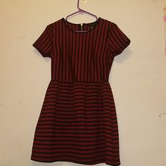 Forever 21 black red striped dress Worn once! Very pretty dress for any occasion. Forever 21 Dresses