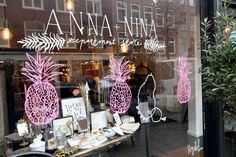 """Pineapples are the new black"" Loved by Anna + Nina #window #annaennina"