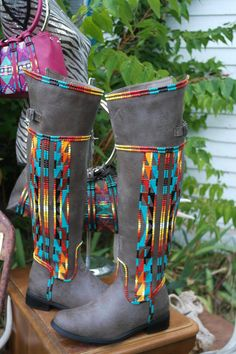 size 8 Hand Painted Boots By Rez Hoofz ready to ship Please Read full discription below