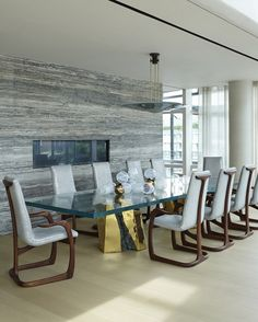 6 Sophisticated Dining Room Ideas by Amy Lau To Inspire You | Dining Room Ideas. Dining Room Inspiration. Dining Room Furniture. #diningroomtable #diningroomchairs #diningroomdecor http://diningroomideas.eu/sophisticated-dining-room-ideas-by-amy-lau-inspire/