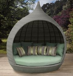 Contemporary Daybed Design For Outdoor Decoration Pictures