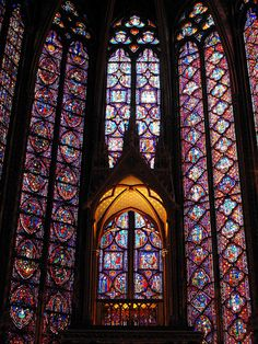 ST. CHAPELLE, PARIS  The Sainte Chapelle lies at the very heart of Paris, on the Ile de la Cite along the River Seine, and resides within the complex of the Palais de Justice. King Louis IX commissioned its construction in 1241 to house the holy relics of Christ that he purchased from Baldwin II, the emperor of Constantinople.