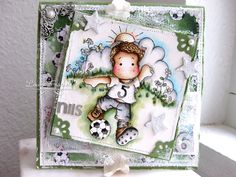 Louises scrapperie: For a boy at DOC  Fabulous grass and cloud background