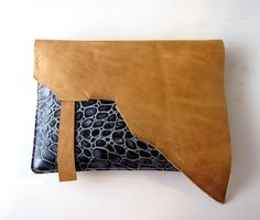 LEATHER Large Oversized Huge Clutch Bag Purse por TheFigLeaf
