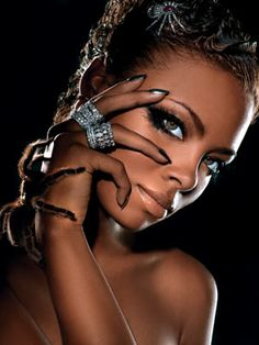Eva from America's Next Top Model. Can do without the spider! Eva Marcille, Max Factor, Top Models, America's Next Top Model, Beauty Shots, Foto Pose, Beautiful Black Women, Beautiful People, Fantasy