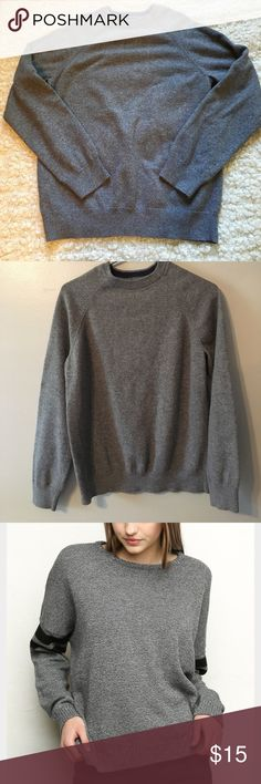 Pullover sweater Really comfy gray pullover sweater. Not from brand mentioned. Fits like photo shown but without stripes. In perfect condition Brandy Melville Sweaters Crew & Scoop Necks