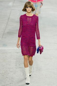 Chanel Spring 2014 RTW - Review - Fashion Week - Runway, Fashion Shows and Collections - Vogue