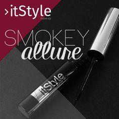 Tendance #Smokeyallure pour un maquillage séduisant. L 'Eyeline Noir 01 pour des yeux parfaitement définis.   #itstylemakeup #italianstyle