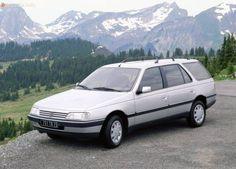 Peugeot_405_break_1988_-_1996_2.jpg