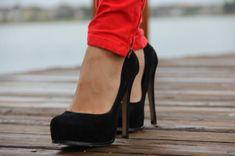 red skinnies + heels