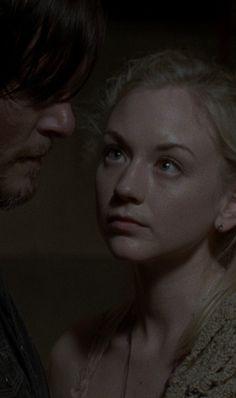 The Walking Dead | Norman Reedus & amp;  Emily Kinney | Daryl Dixon & amp;  Beth Greene