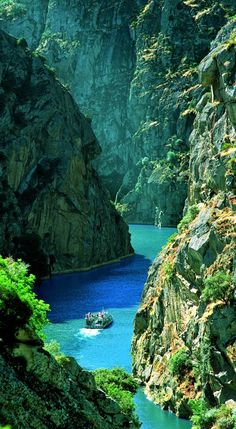 Rocky Canyon, Douro River, Portugal Ask Us About Our Sunny Portugal Vacation Pac. - Rocky Canyon, Douro River, Portugal Ask Us About Our Sunny Portugal Vacation Package. Places Around The World, Oh The Places You'll Go, Places To Travel, Travel Destinations, Places To Visit, Around The Worlds, Amazing Destinations, Wonderful Places, Beautiful Places