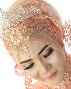 "Bbm : 5c5f749b Jln.  Sri menanti 3 No. 9 Sungailiat Bangka ""Save your moment with us"" Makeup by me #pelaminan#makeupwisudabangka #pelaminanbangka#dekoraqiqahbangka#dekorkhitanbangka #weddingku #weddingdress #brides #bridesmaids #riaspengantin #riaspengantinbangka #gown #preweddingbangka #weddingbangkabelitung #pelaminanbelitung #pengantin #pengantinbangka #weddingceremony #happybirthday #happy#preweddingbangka #gaunbangka #preweddingbelitung…"