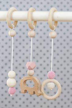 Handmade hangers - toys for baby gym Eco Baby, Baby Gym, Wooden Rings, Wooden Hearts, Kids Toys, Baby Gifts, Boy Or Girl, Handmade, Stuff To Buy