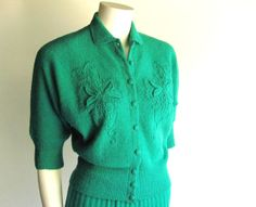 1930s or 1940s Emerald Green Boucle Sweater set