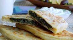Gözleme, pain turc plat aux épinards et feta | Le Blog cuisine de Samar