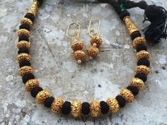 Black Small Beads Thread Necklace