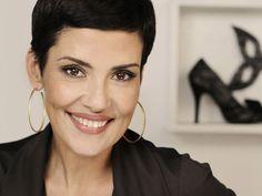 Cristina Cordula : 10 choses que vous ne saviez (peut-être) pas sur la reine du shopping